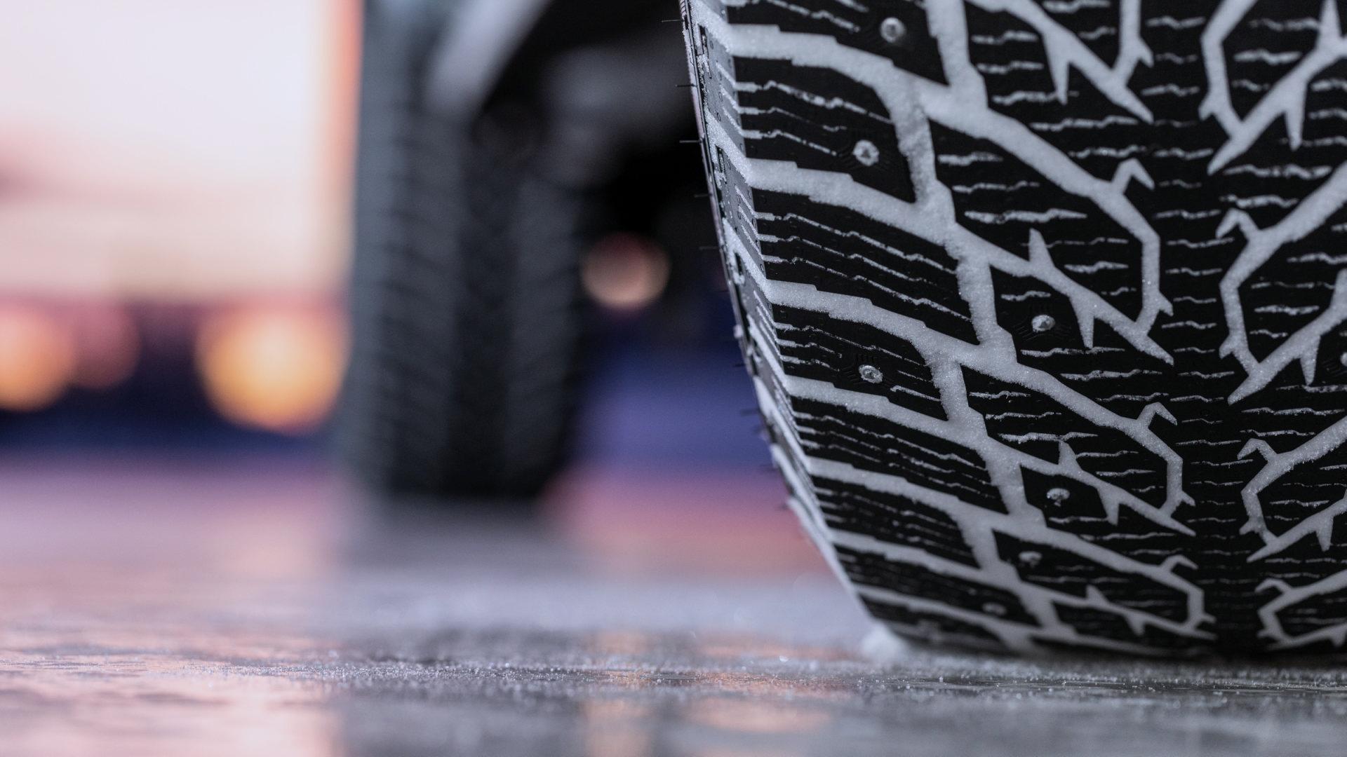 На что обратить внимание при выборе зимних шин